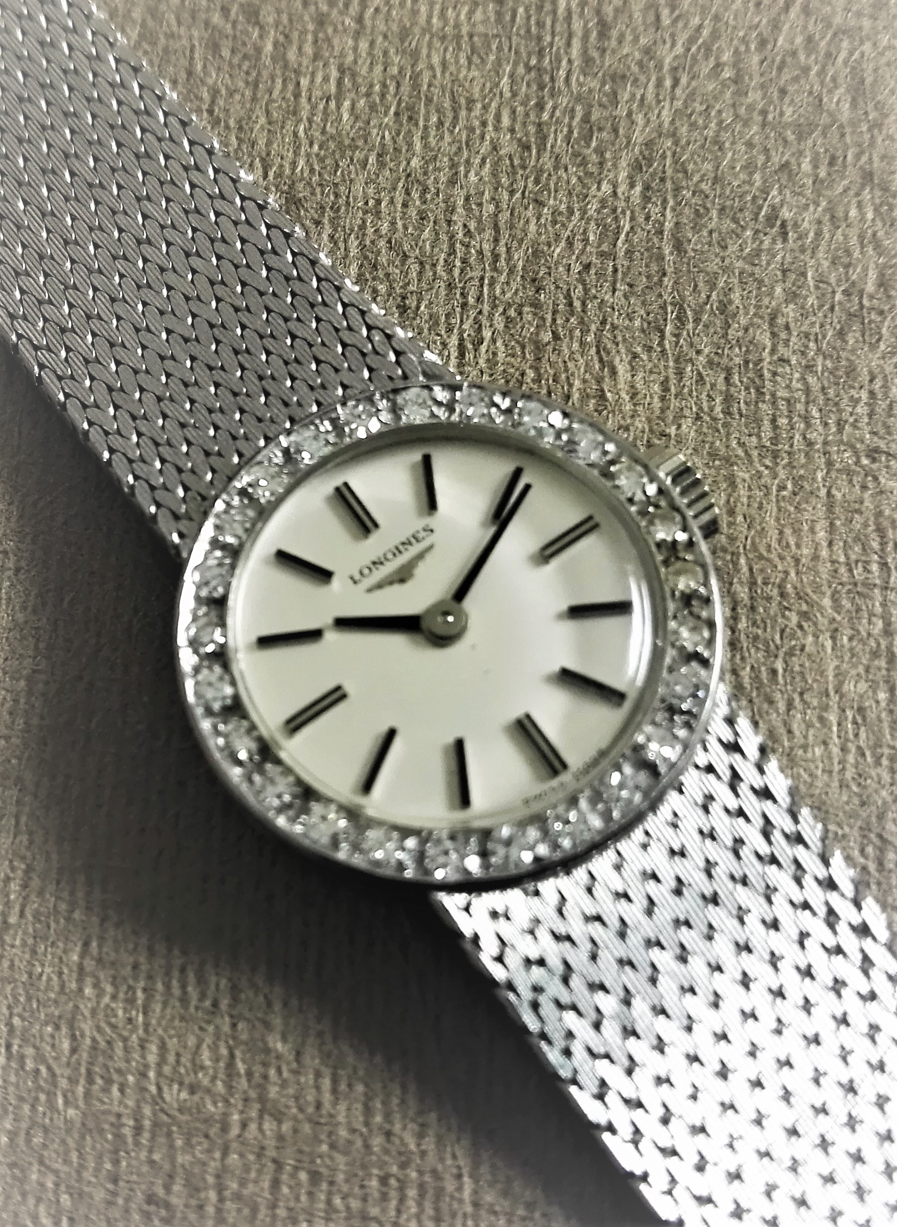 Longines rare vintage lady diamonds 18 kt white gold vip jewels watch | San Giorgio a Cremano