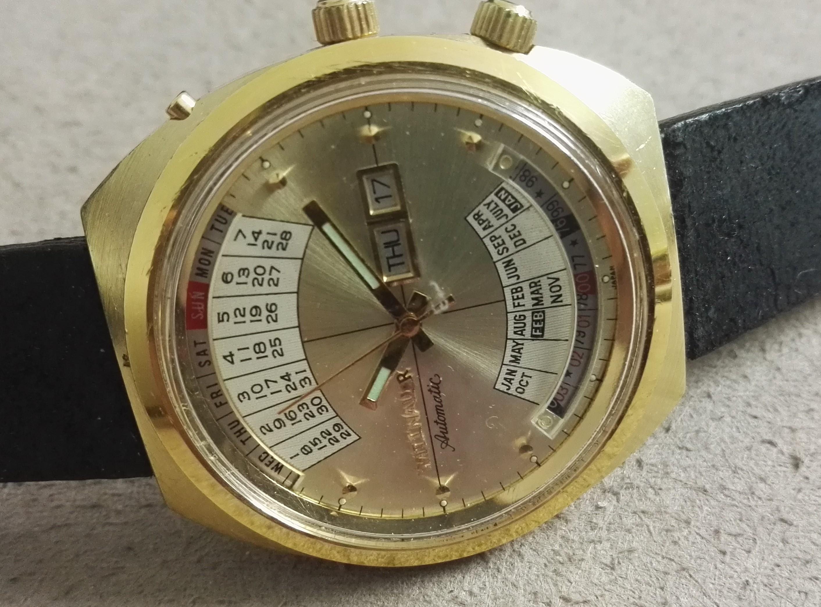 Wittnauer 2002 Automatic Gold Dial Day-Date Calendar Watch - box | San Giorgio a Cremano