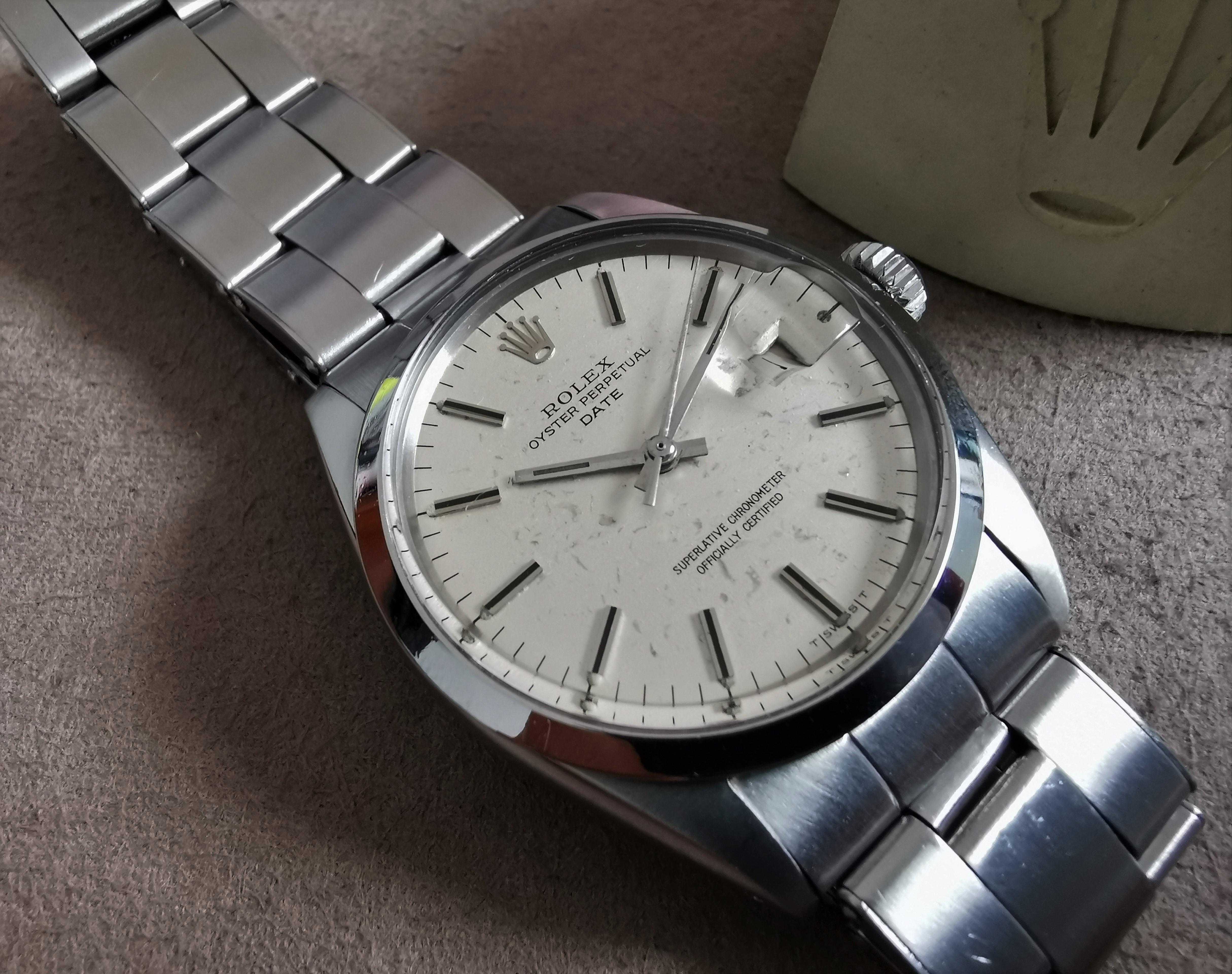 Rolex Oyster Perpetual Date Oyster Perpetual Date silver spot dial 1969 caliber 1570 | San Giorgio a Cremano