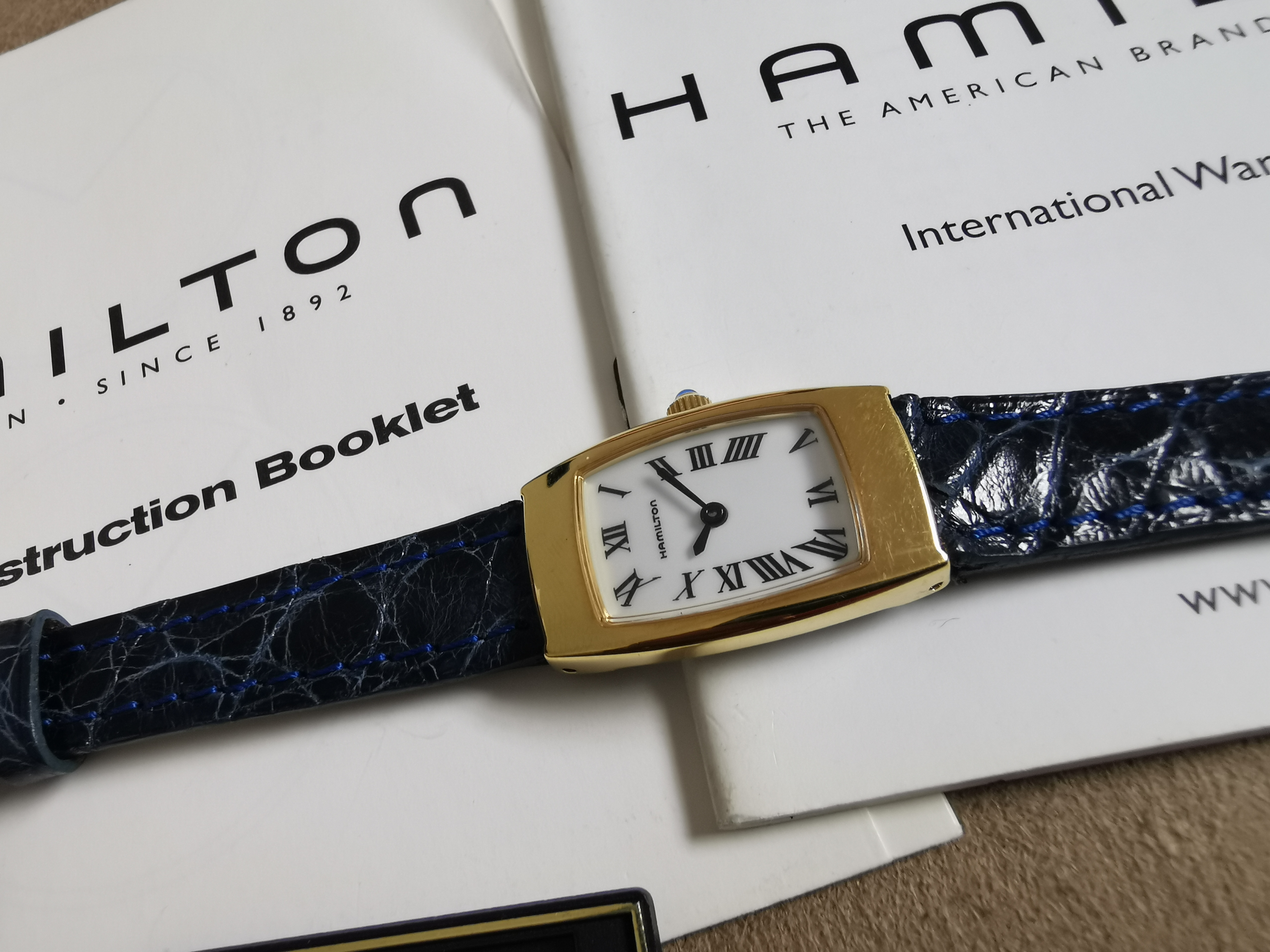 Hamilton 8210 White Dial blu Leather Quartz Women's Watch Newoldstock | San Giorgio a Cremano