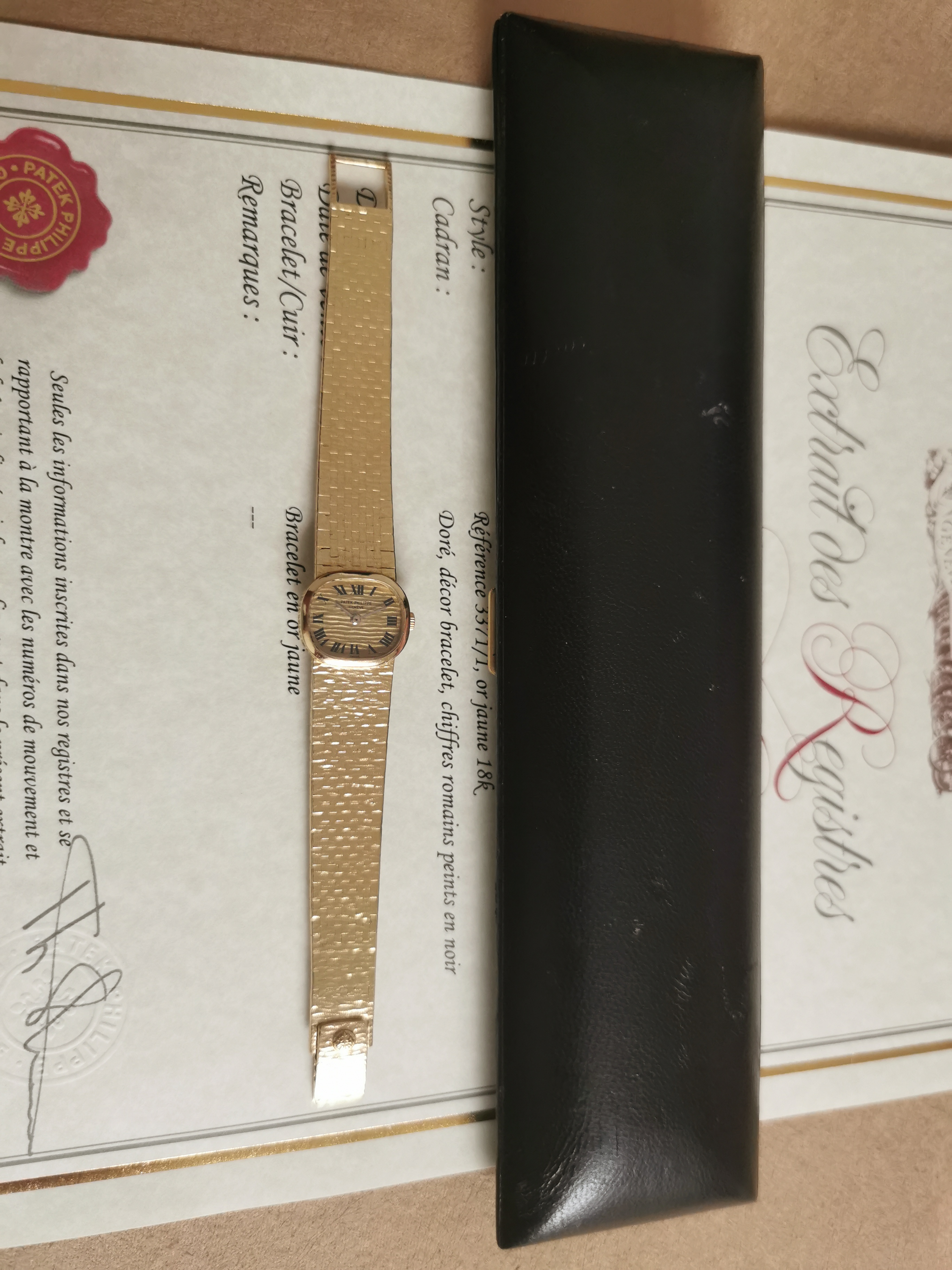 Patek Philippe Golden Ellipse  Ellipse lady 18 kt gold yellow 3371/1 mm 20 box and extract | San Giorgio a Cremano